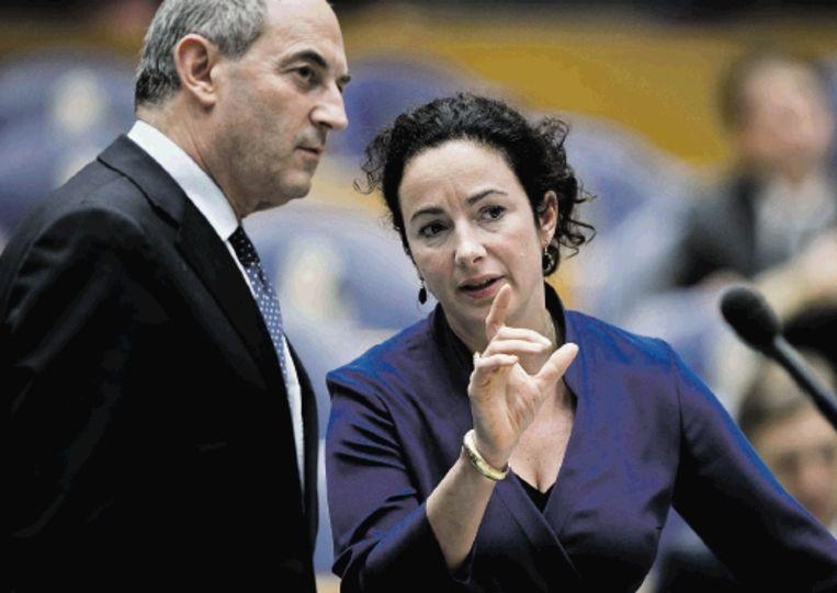 Partijleider Femke Halsema (in gesprek met PvdA-collega Job Cohen). (ANP) Beeld ANP