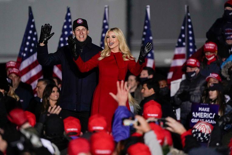 Trumps dochter Ivanka en haar man Jared Kushner tijdens de campagne van Donald Trump, eerder deze maand. Beeld AP