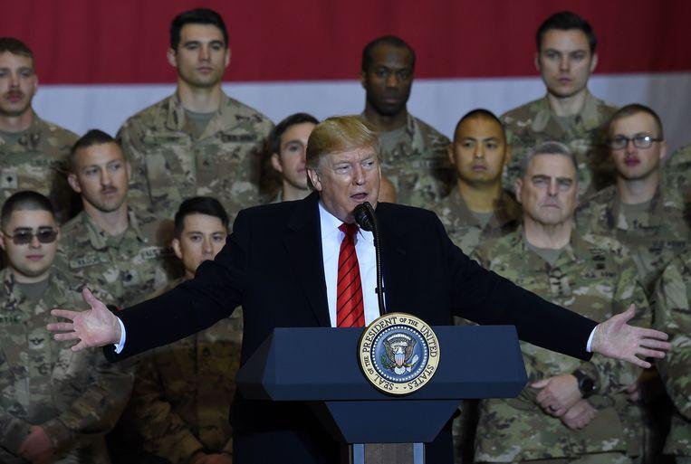 Het korte bezoek aan Afghanistan was Trumps tweede aan een oorlogsgebied sinds zijn aantreden.  Beeld AFP