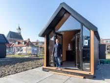 Tiny Houses passen prima in het straatbeeld van Hoedekenskerke