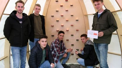 """Studenten bouwen eigen kapel: """"Een plek voor zingeving"""""""