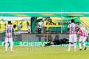 Aro Muric stopt de strafschop van Nasser El Khayati (tweede van links).