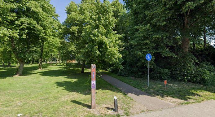 Een 50-jarige verdachte maakte allerlei obscene gebaren en opmerkingen in de richting van kinderen die in het Soesterkwartier aan het spelen waren in de omgeving van het Cruijff Court.