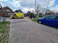 Meisje op fiets aangereden door auto in Didam: gewond naar ziekenhuis