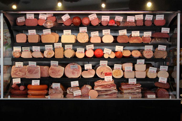 Charcuterie van bij de slager. Bewerkte vleeswaren zijn te mijden, stelt de WHO. Beeld kos