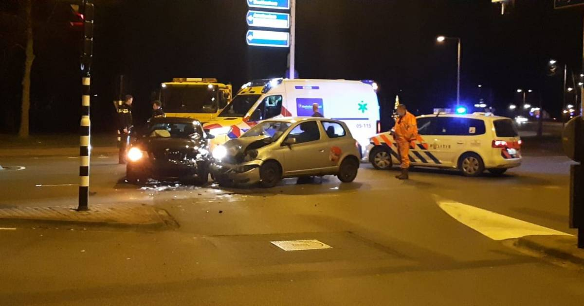 Persoon gewond na ongeluk Westerval Enschede.