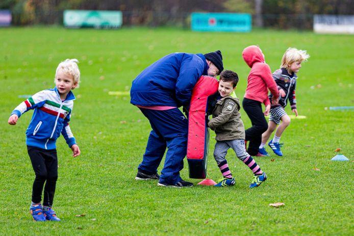 Het bestuur van de provincie Utrecht wil meer inwoners aan het sporten krijgen.