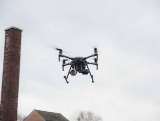 """Wat vinden de Genkenaren ervan dat drones boven hun hoofd vliegen tijdens eindejaarsperiode? """"Stel je voor dat dat ding langs je slaapkamerraam vliegt..."""""""