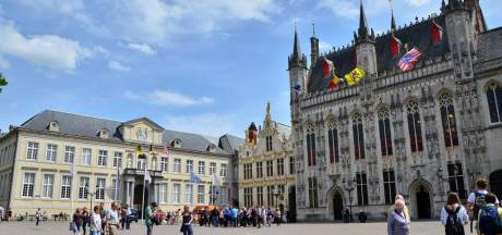 Brugs Stadhuis en Burg kleuren volgende vrijdag blauw tegen mensenhandel