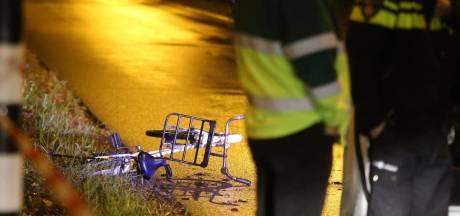 Meisje (17) ernstig gewond na ongeval, politie zoekt doorgereden bestuurder