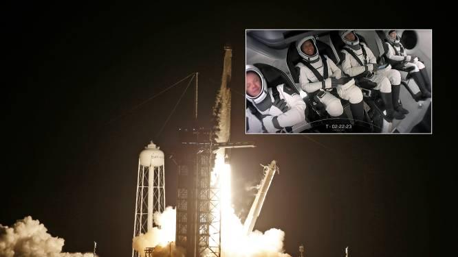 SpaceX-raket met alleen burgers aan boord succesvol in baan om aarde voor driedaagse ruimtereis