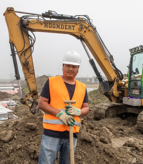 Zelfs een Oeigoer helpt nu al mee in de Zeeuwse bouw