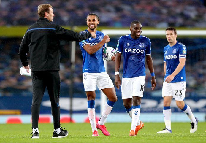 Dominic Calvert-Lewin maakt een dolletje met Duncan Ferguson, de assistent-trainer van Everton die hem enorm hielp in zijn ontwikkeling als spits.