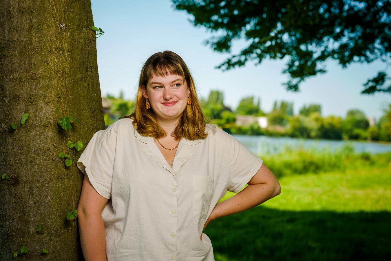 Alina Bijl, nieuwe voorzitter van Young FNV, de jongerentak van de vakbond. Daarnaast is ze vrijdag gekozen als lid van de Sociaal-Economische Raad (SER).