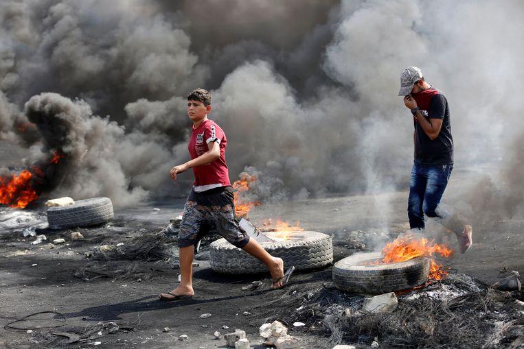 Demonstranten in Bagdad.  Beeld null