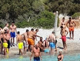 Halfuur wachten op ambulanceboot: Vlaamse zwemmer sterft in Bodrum
