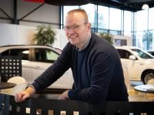 Ewald (47) uit Nijverdal verkoopt ze wel maar is 'beslist geen autofreak'