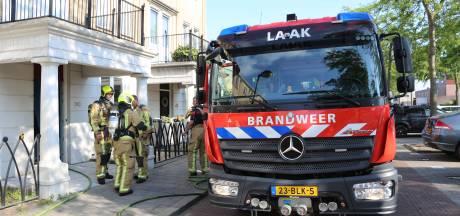 Drie schuurtjes vatten vlam in Rijswijk, bewoners proberen brand zelf te blussen