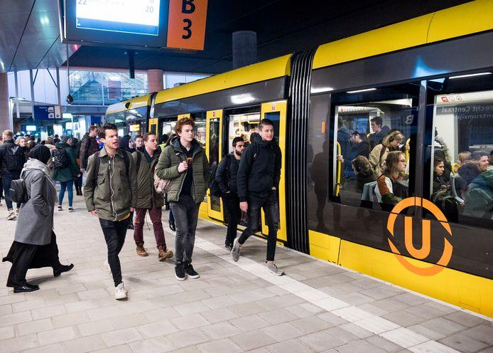 Op de de Uithoflijn naar het Utrecht Science Park rijden vrijwel dezelfde trams als straks naar Nieuwegein en IJsselstein rijden. Uiteindelijk moeten beide lijnen gekoppeld worden.