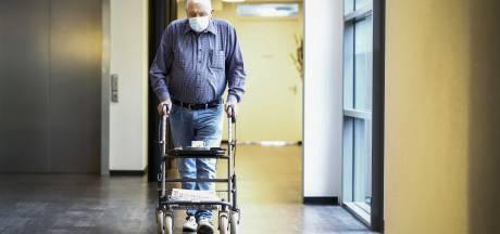 Honderden coronadoden in verpleeghuizen Oost-Nederland: een op de vijf overleeft virus niet