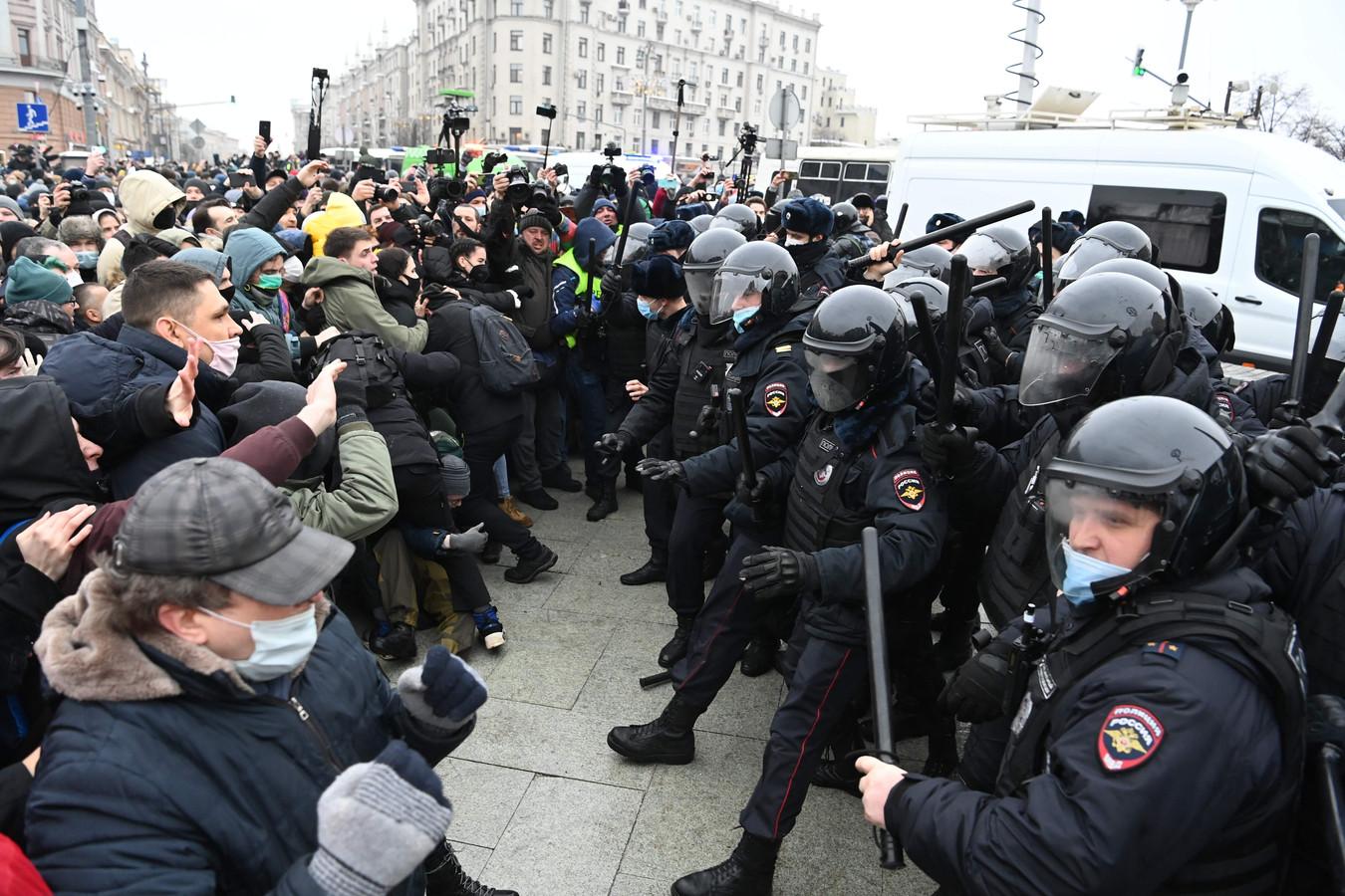 Overal in Rusland waren dit weekend protesten tegen president Poetin en vóór de gevangengenomen oppositieleider Aleksej Navalny.