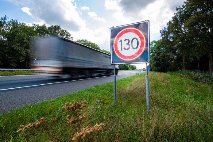 De snelheid op de  A50 op de Veluwe gaat terug naar 120 kilometer per uur.