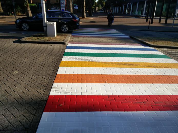 Het regenboogzebrapad in Oss