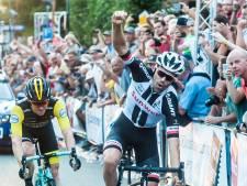 Dumoulin wint tachtigste Acht van Chaam, Van der Poel eindigt als derde