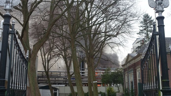 GOUDA - Maandagmorgen 18 januari rond 10.30 uur is een grote brand ontstaan bij Croda Nederland chemicali