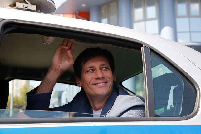 Dmitri Goedkov vlak na zijn vrijlating donderdag. Beeld AP