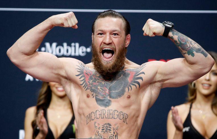Conor McGregor verdiende de afgelopen 12 maanden 180 miljoen dollar, vooral met de verkoop van zijn eigen whiskymerk. Beeld AP