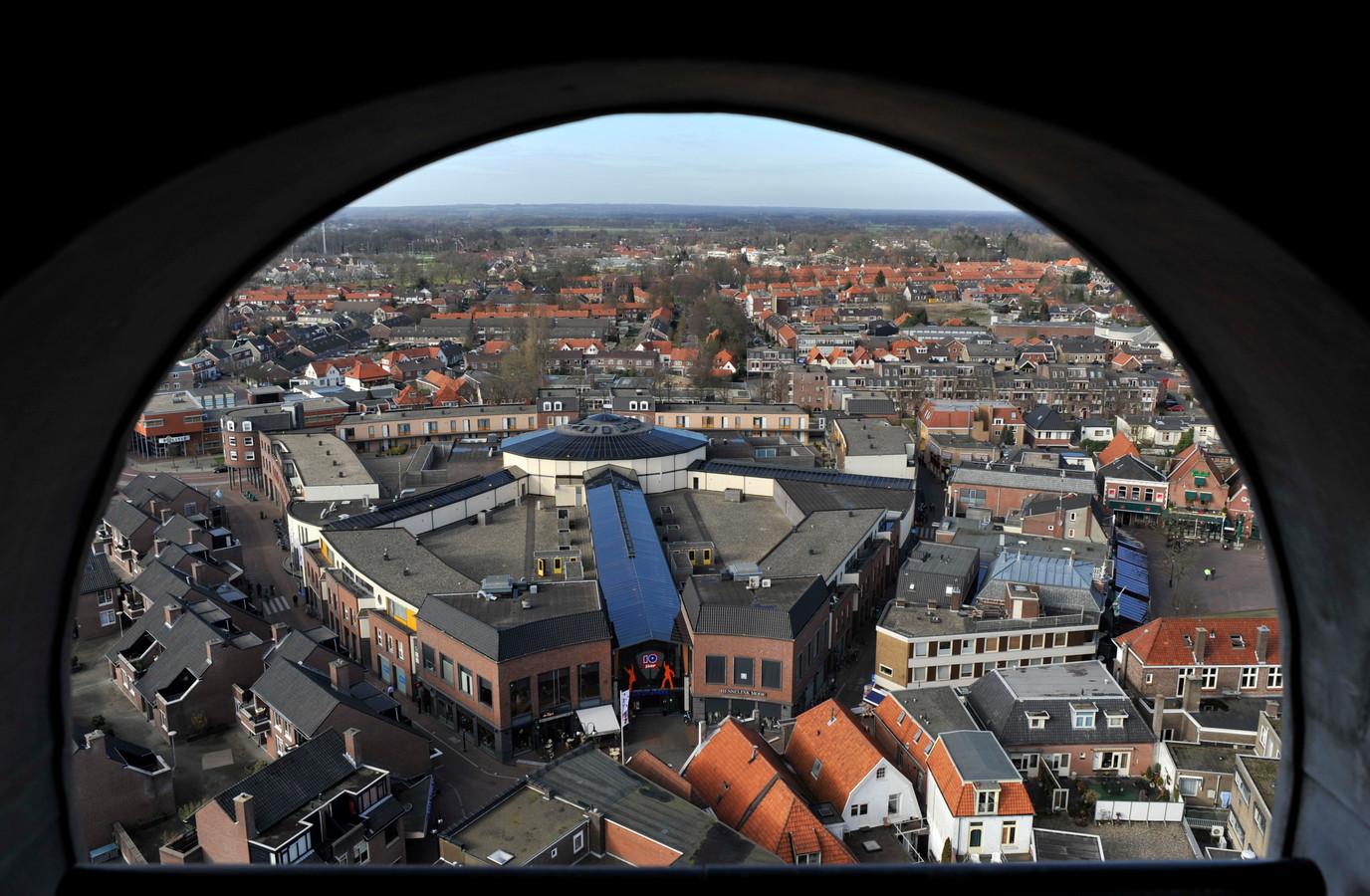 Het centrum van Oldenzaal gezien vanuit de Plechelmustoren.