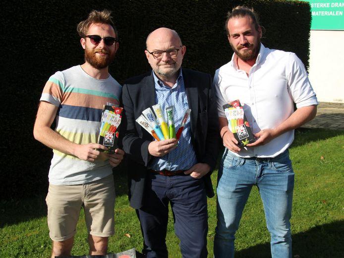 De moderne sorbet is te koop bij Johan Van Vaerenbergh, zoon Jonas en Nils Vervaene.