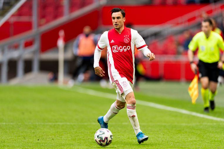 Tagliafico in actie in de kampioenswedstrijd tegen Emmen (4-0). Beeld Pro Shots / Jasper Ruhe