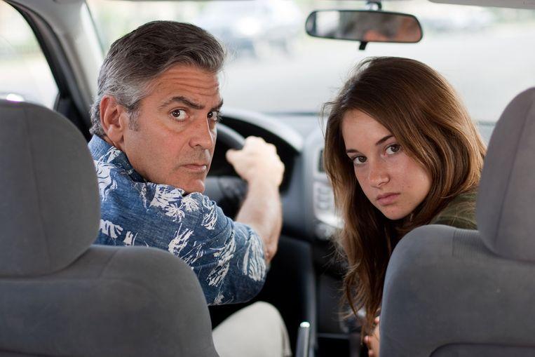 George Clooney en Shailene Woodley in 'The Descendants'. Beeld AP