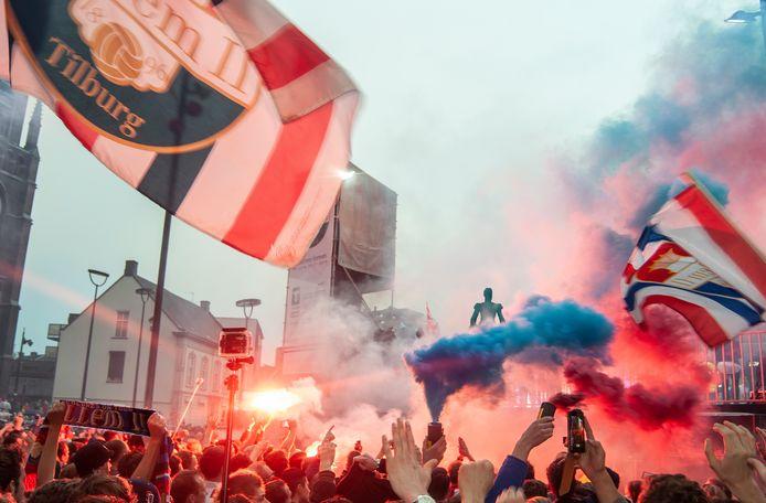 Trots op Willem II. Reden voor een feestje op de Heuvel.