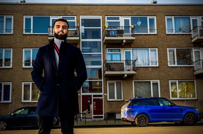 Ilias Rahimi kocht zijn eerste pandje in de Goereesestraat op Zuid. Zijn auto kost nu meer dan wat hij voor dat huis betaalde.
