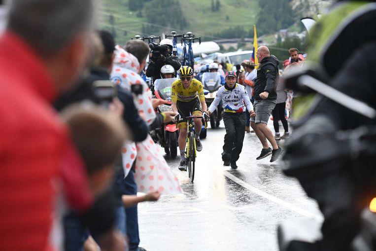 Pogacar heeft zich zondag richting Tignes losgereden van zijn belangrijkste concurrenten. Beeld ANP