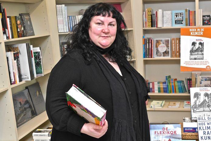Emanuelle Rollé blikt terug op 20 mooie jaren in de boekenwinkel.