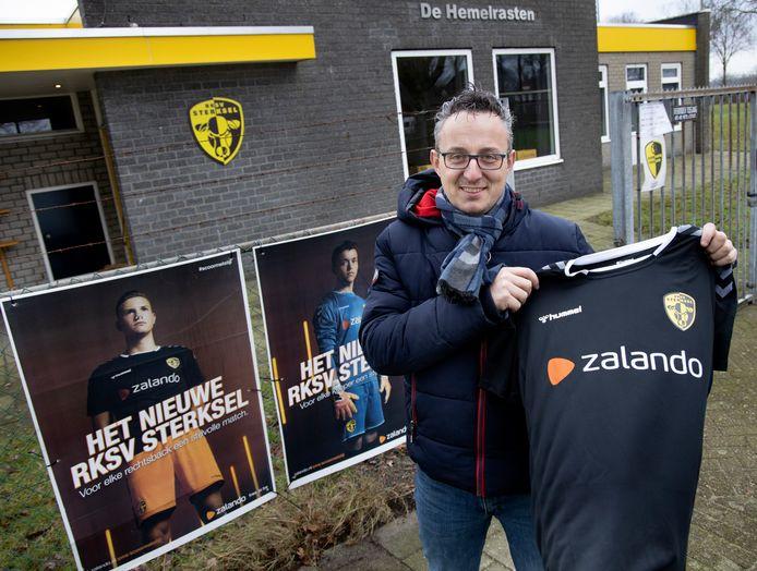 Bestuurslid Mart Smolders van RKSV Sterksel.