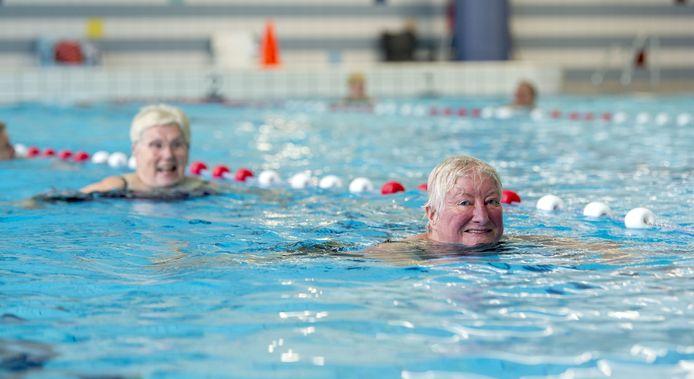 De test voor coronaproof zwemmen in Het Sportpark is geslaagd. Vanaf vandaag kan er met mate weer worden gezwommen.
