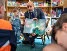 Ahmed Marcouch dacht als kind nooit dat hij burgemeester kon worden: 'Dat was zo onbereikbaar'
