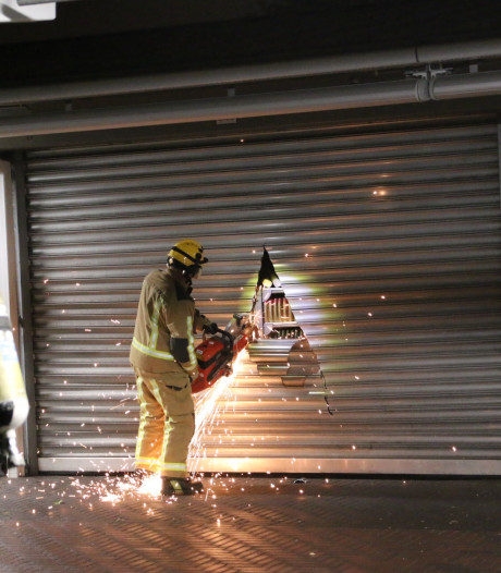 Vermoedelijke brandstichting bij Haagse Markt, meerdere kramen beschadigd
