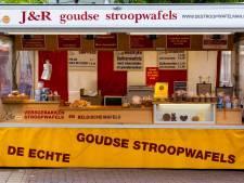 Gratis stroopwafels en een lading bier: Go Ahead-fans komen met ludieke bonus voor Helmond Sport