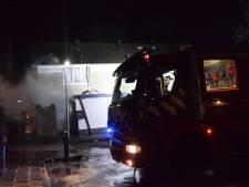 Schuur in brand achter woning in Doetinchem