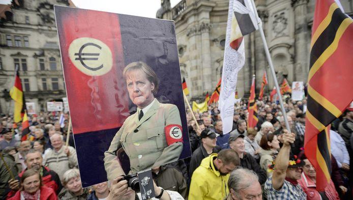 Selon Arnold Karskens, le manque de leaders charismatiques crée aussi un grand sentiment d'insécurité en Europe.
