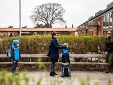 In Denemarken zijn de scholen weer open, maar het debat blijft: 'Mijn kind is geen proefkonijn'