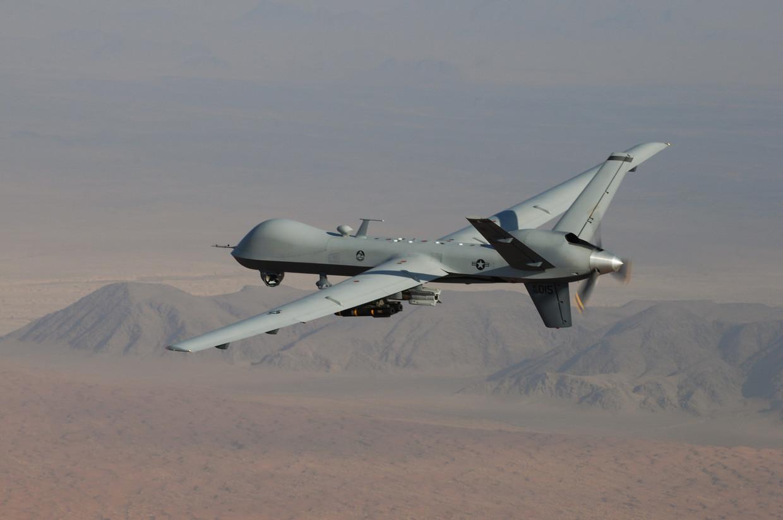 Een drone van het Reaper-type onderweg. In Libië zou onlangs een drone zonder menselijke tussenkomst zijn overgegaan tot de aanval. Beeld RV
