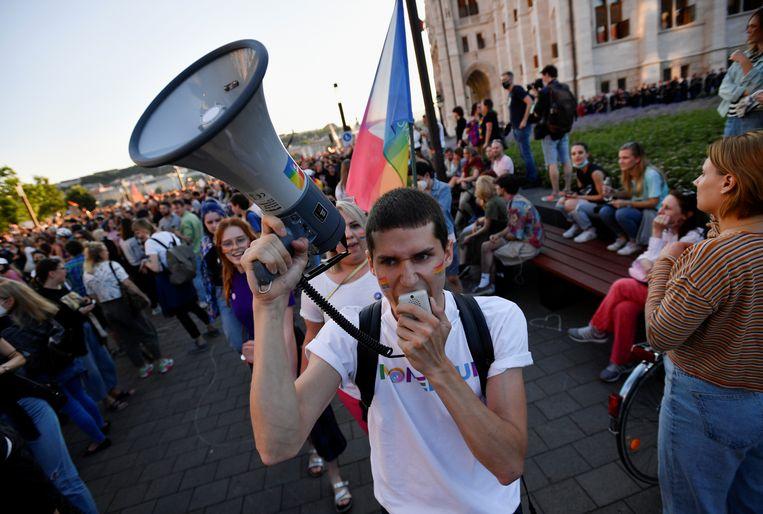Een betoging tegen de anti-lhbti-maatregelen in Boedapest. Beeld REUTERS