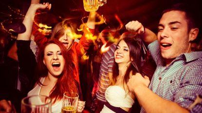 New Yorkers mogen na verbod van 91 jaar opnieuw dansen in bars